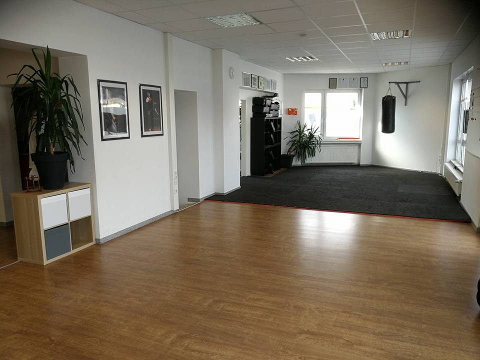 20840842 1641573229197950 3125146653310155051 n wingtsun akademie my. Black Bedroom Furniture Sets. Home Design Ideas